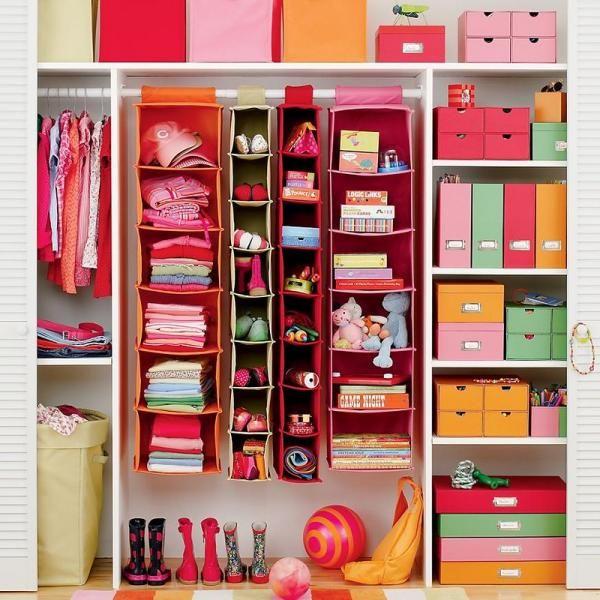 Ideen Fur Schranksysteme Im Kinderzimmer Ordnung Im Kleiderschrank