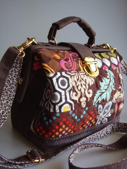 Bolsa De Mão Feita Com Papelão : Mini bolsa doctor marrom escuro transversal tecido de