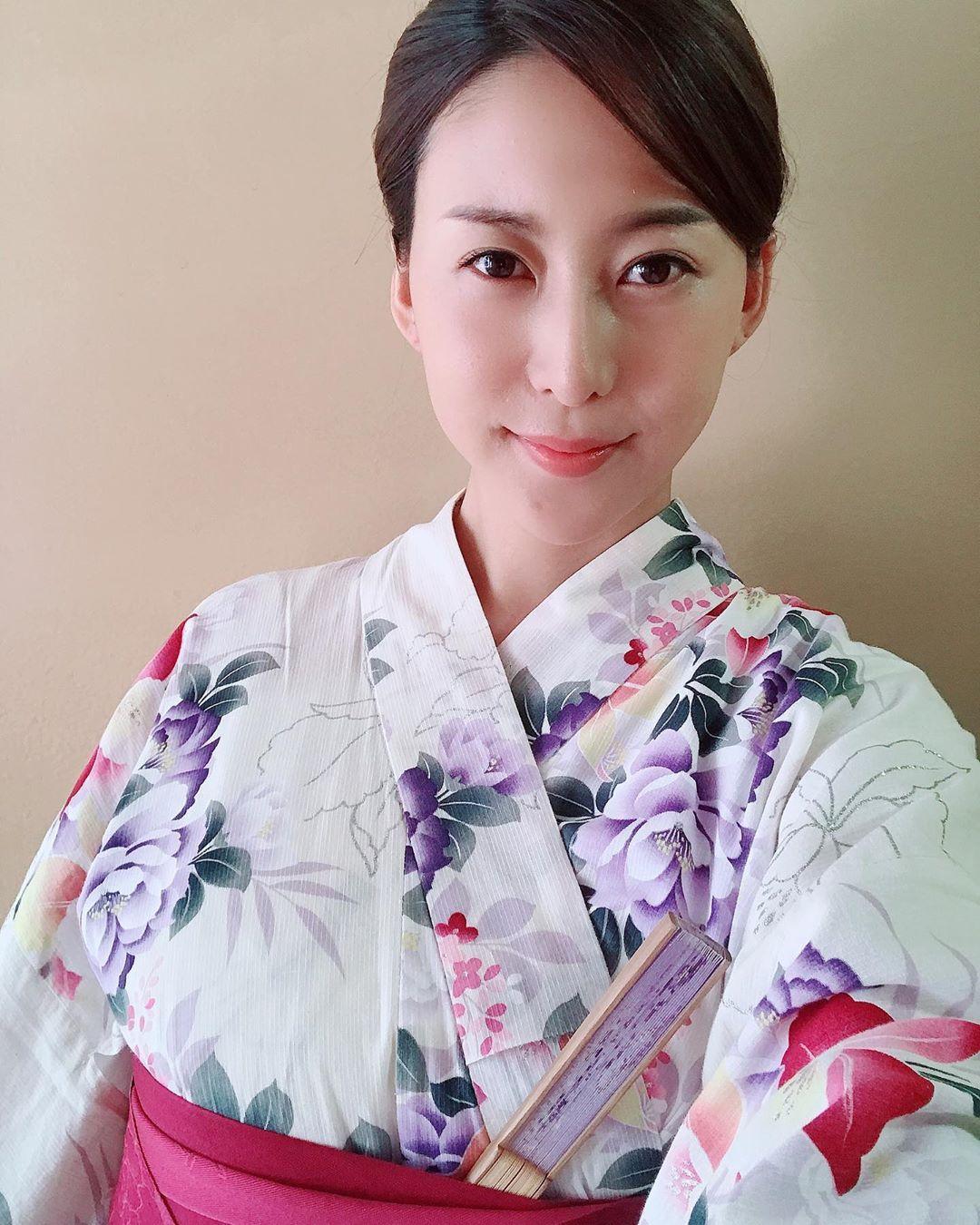 インスタ 松下 紗 栄子