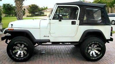 1992 Jeep Wrangler Sahara Http Carenara Com 1992 Jeep Wrangler Sahara 169 Html 1992 Yj Sahara My N Jeep Wrangler Sahara Jurassic Park Jeep Jeep Wrangler Tj