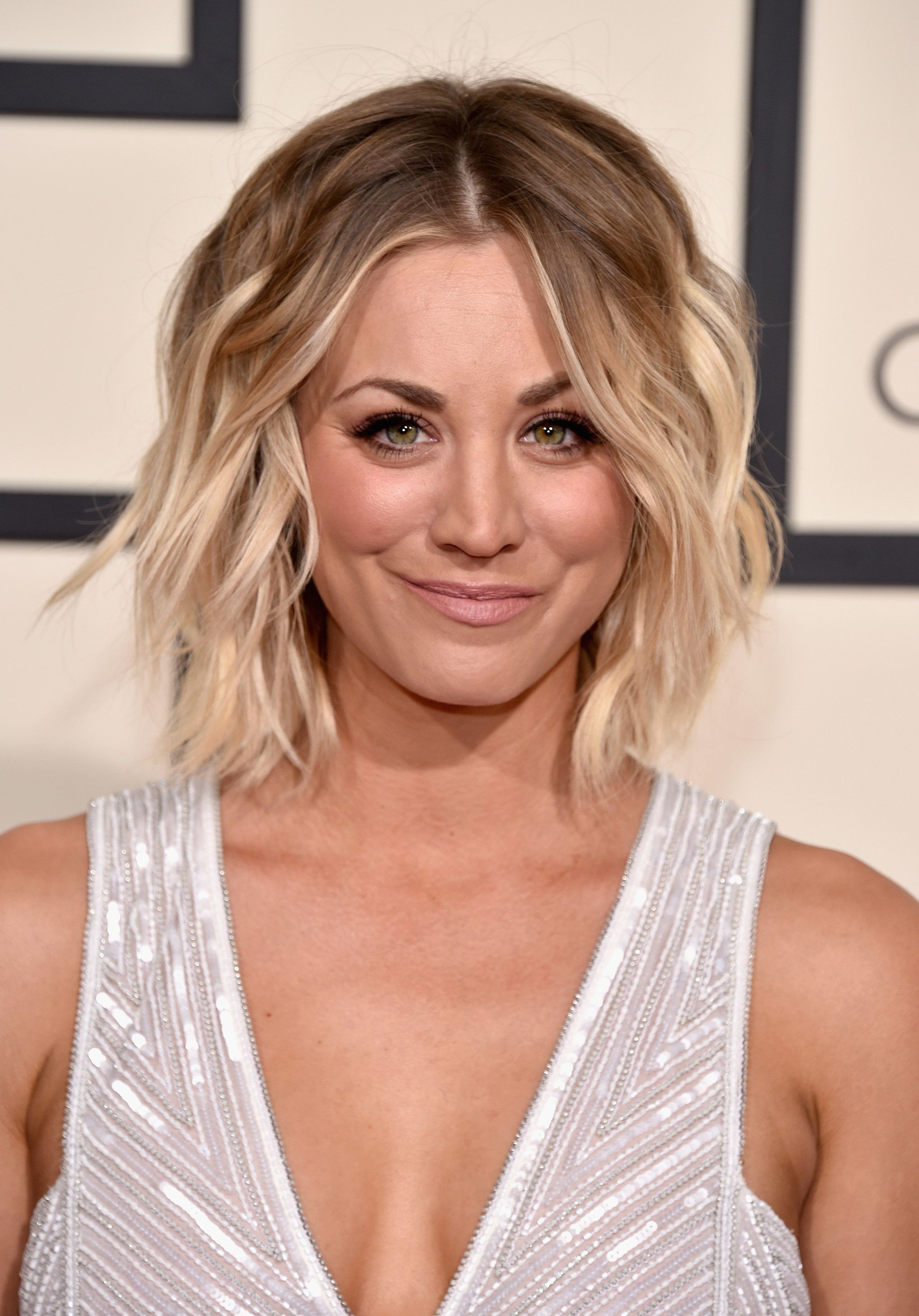 Kaley Cuoco Haare Pinterest Kaley Cuoco Choppy Layers And