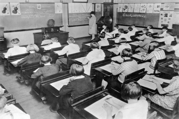 Excellent 1930S Music Class In This 1930S Classroom A Radio Is Download Free Architecture Designs Scobabritishbridgeorg