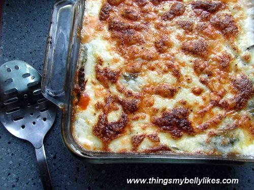 No pasta chicken lasagna with lots of veggies, white sauce and red sauce