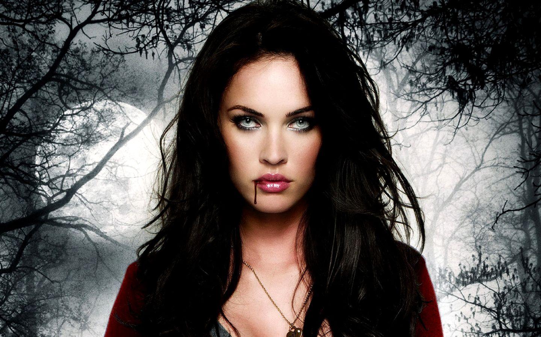 Megan Fox-Jennifer's Body. Yum-he tasted good!   El cuerpo de jennifer, Niñas vampiro, Megan fox fotos