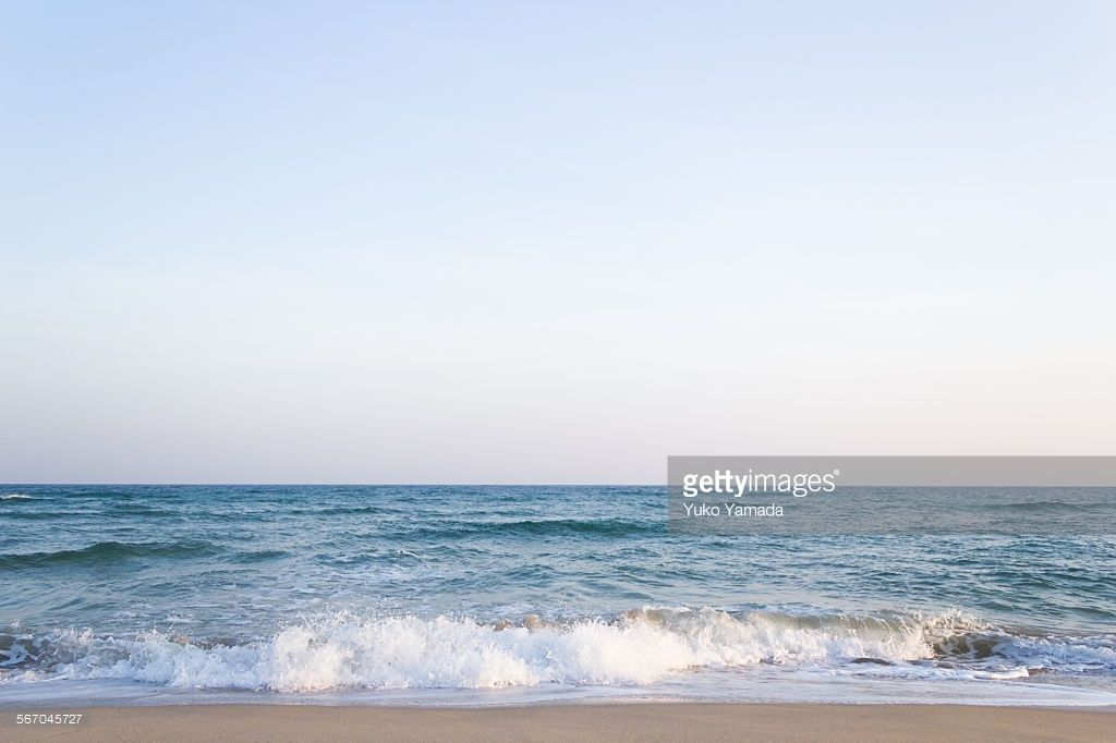 穏やかな朝のビーチ Peaceful morning beach