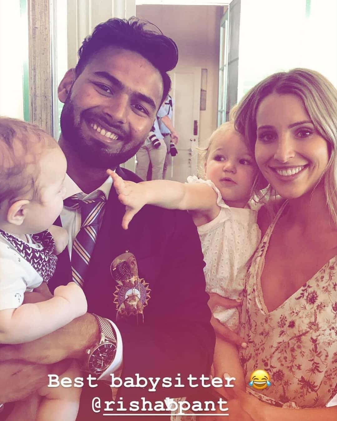 Haha Rishab Pant Babysitting Tim Paine S Kids Today At Kirribillihouse Lovecricket Rishabpant Ricky Ponting Babysitter India Cricket Team