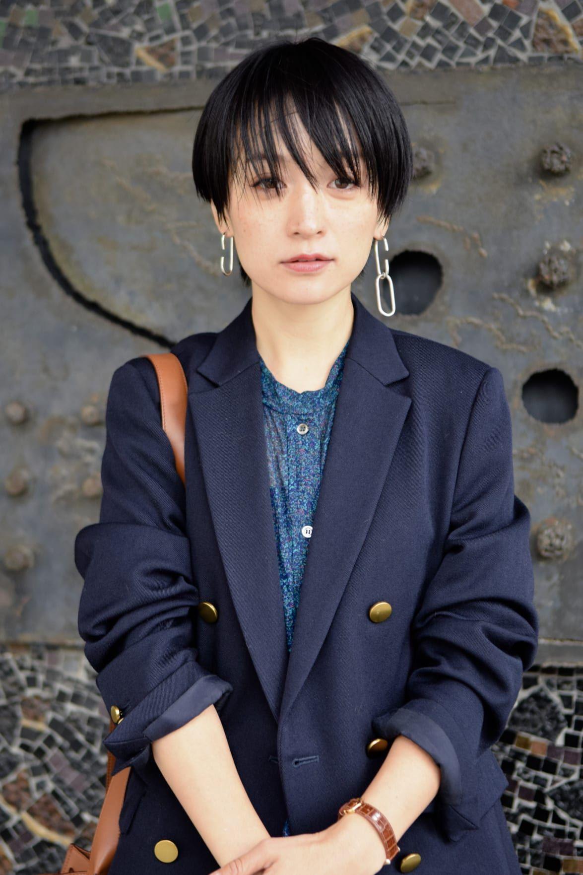 Street Style 高山 都さん 2018年11月25日撮影 Fashionsnap Com ショートのヘアスタイル 女性のヘアスタイル 秋冬 ファッション