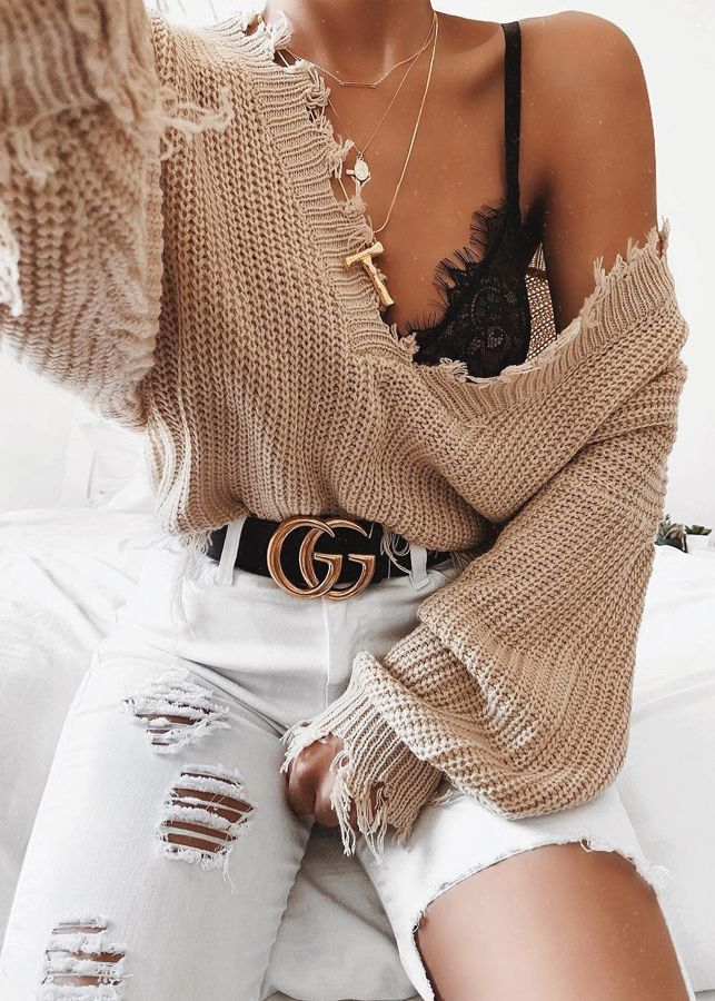Photo of V-neck sweater with fringes – lace