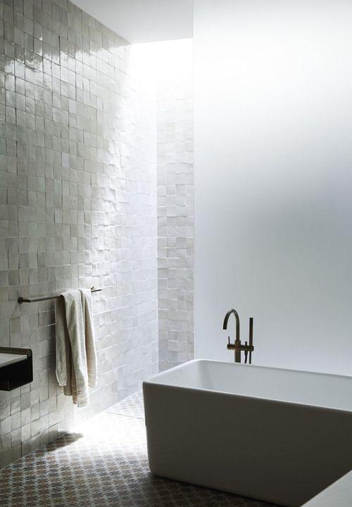 Bathroom Wall Hanger