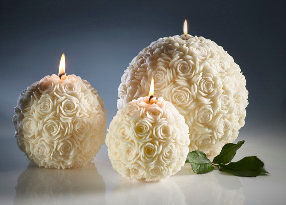He encontrado este interesante anuncio de Etsy en https://www.etsy.com/es/listing/175737913/blancas-velas-velas-de-la-boda-boda