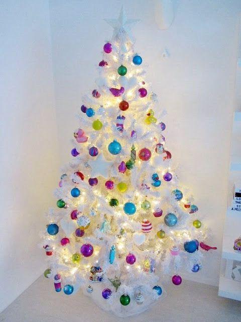 Casinha colorida: Natal: 32 árvores que inspiram