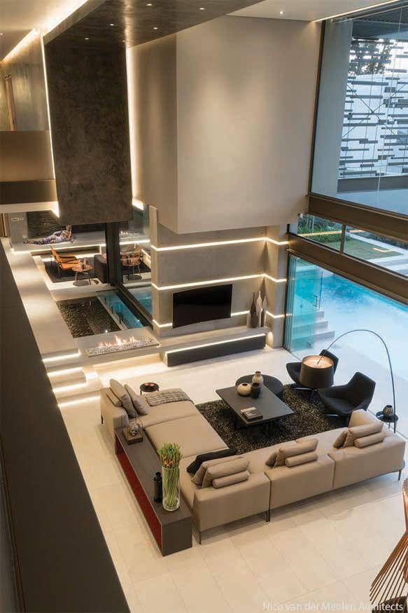Modern And Elegant House With Open Spaces | Pinterest | Luxus, Wohnzimmer  Kamin Und Platzsparende Möbel