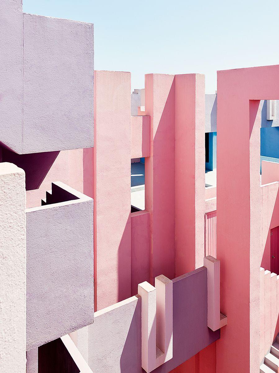 La Muralla Roja Architecture Architecture Design Modern Architecture