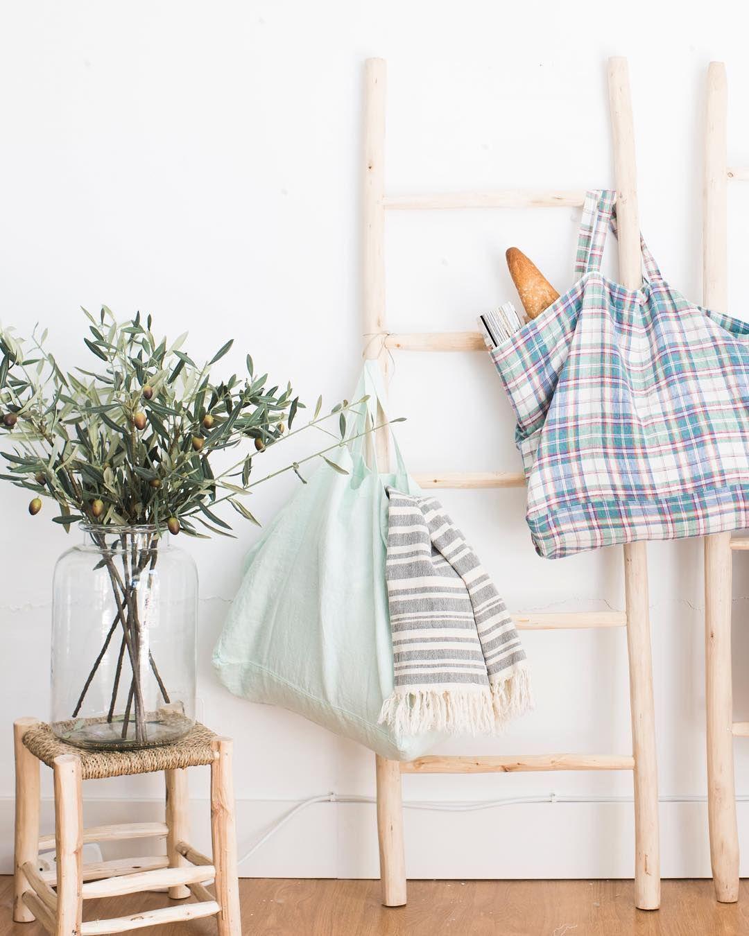 """770 Me gusta, 6 comentarios - Deco & Living (@decoandliving) en Instagram: """"Hemos vuelto a traer las bolsas de lino más cómodas y monas del planeta que sabemos que muchas os…"""""""