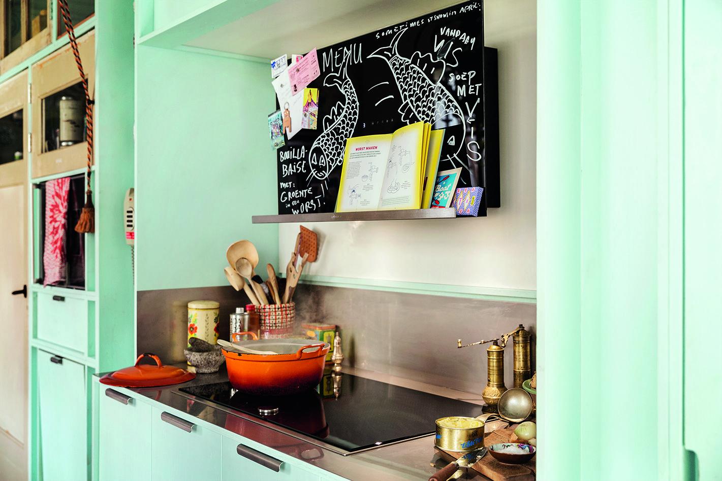 Groß Küche Wandeckschrank Uk Bilder - Küche Set Ideen ...