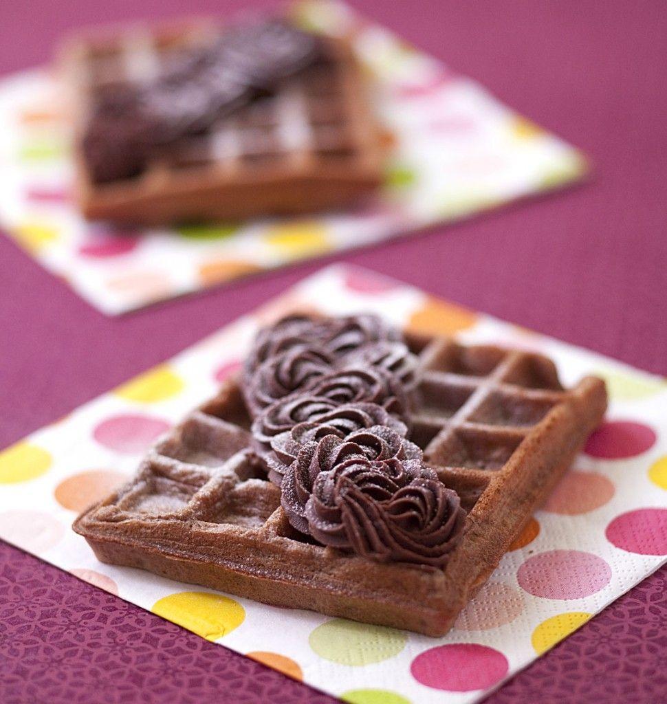 Gaufres au chocolat et ganache montée - Recettes de cuisine Ôdélices