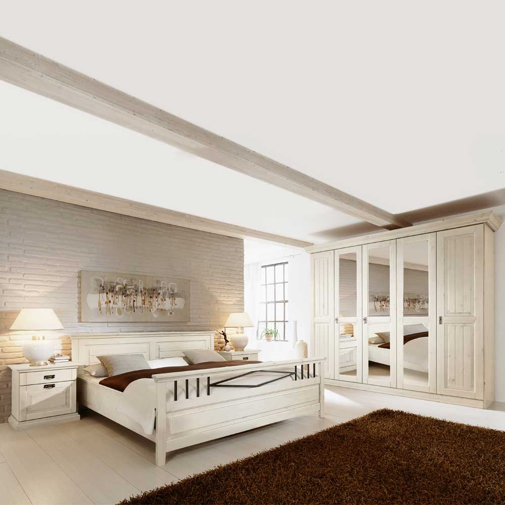 Schlafzimmer Set aus Kiefer Massivholz im skandinavischen