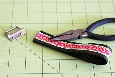 How to Make A Wristlet Key Fob | Pretty Prudent