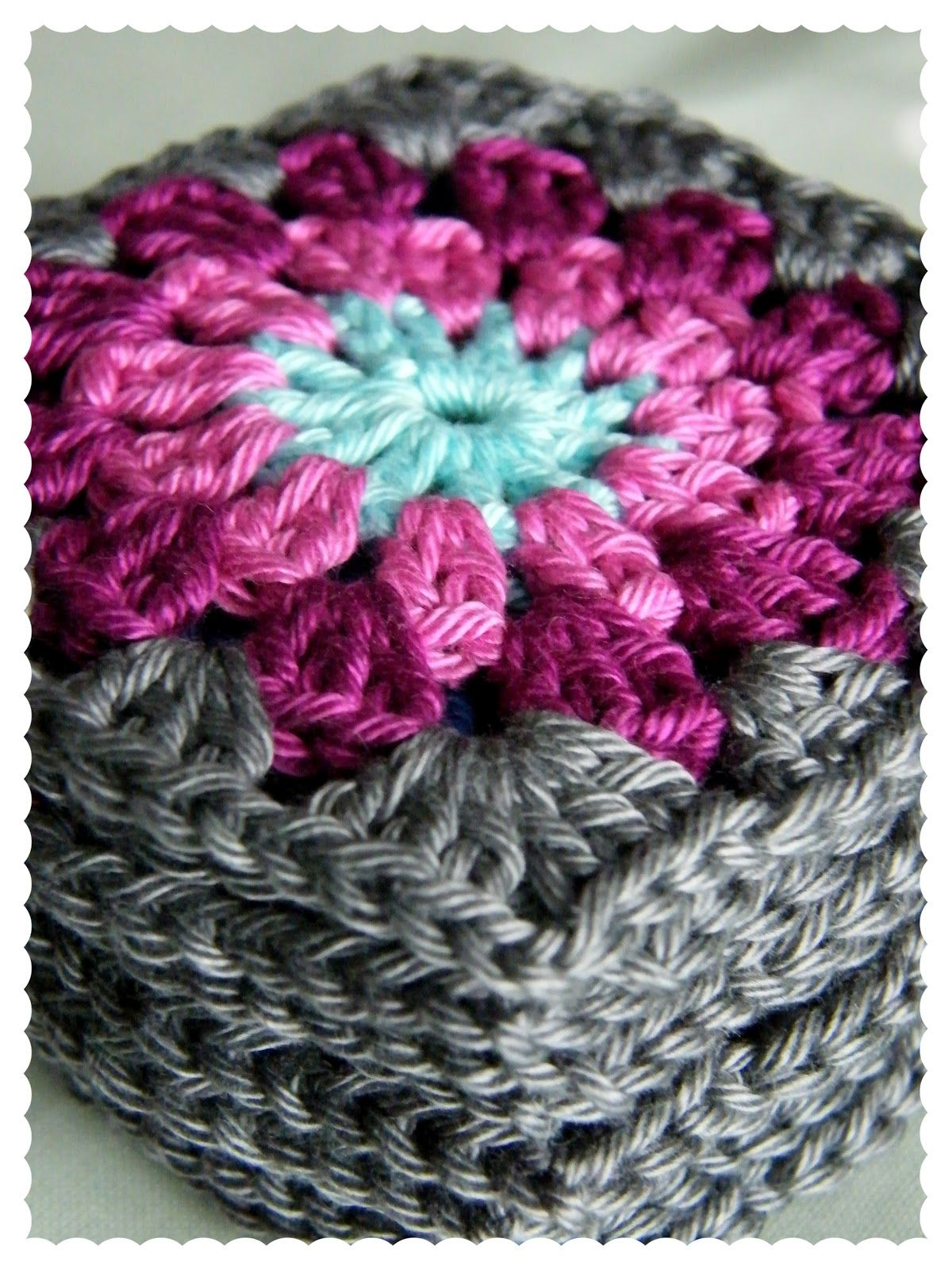 Annie\'s Place - Gorgeous Granny! | * Granny Squares. Connecting ...