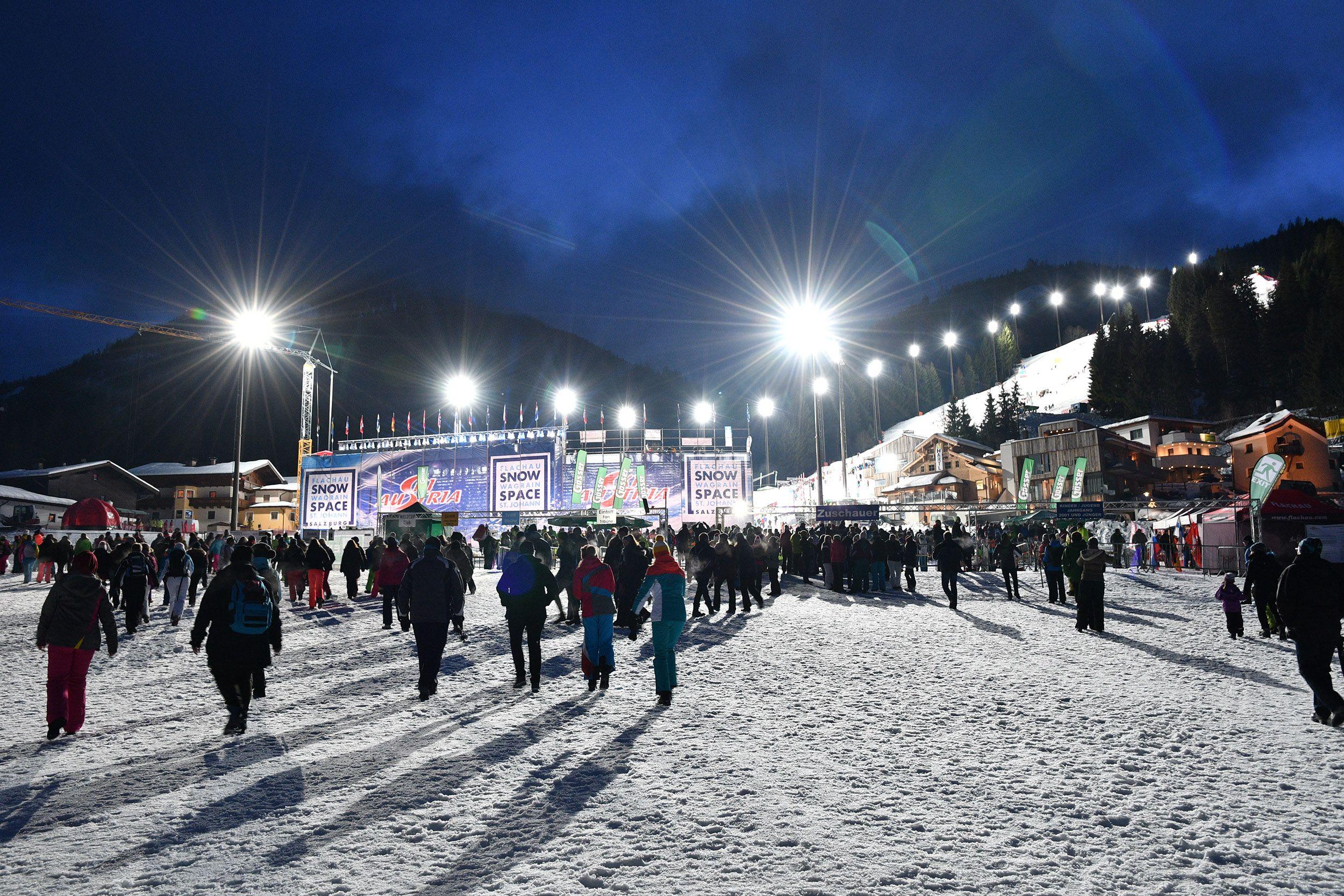 Audi FIS Skiweltcup Damen Nachtslalom Flachau 2018 # ...
