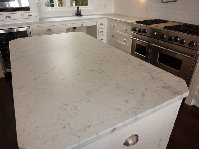 Bianco Carrara Marble Countertops I Love This Countertop This Is