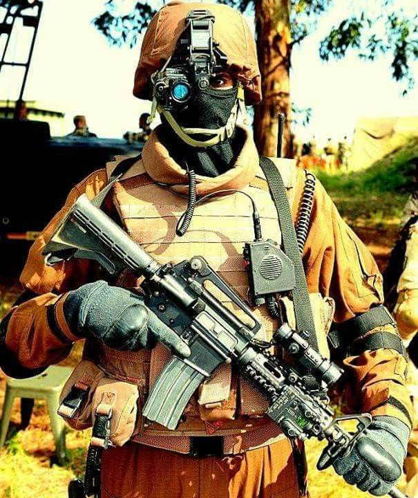 SSG Person Of Pakistan Army