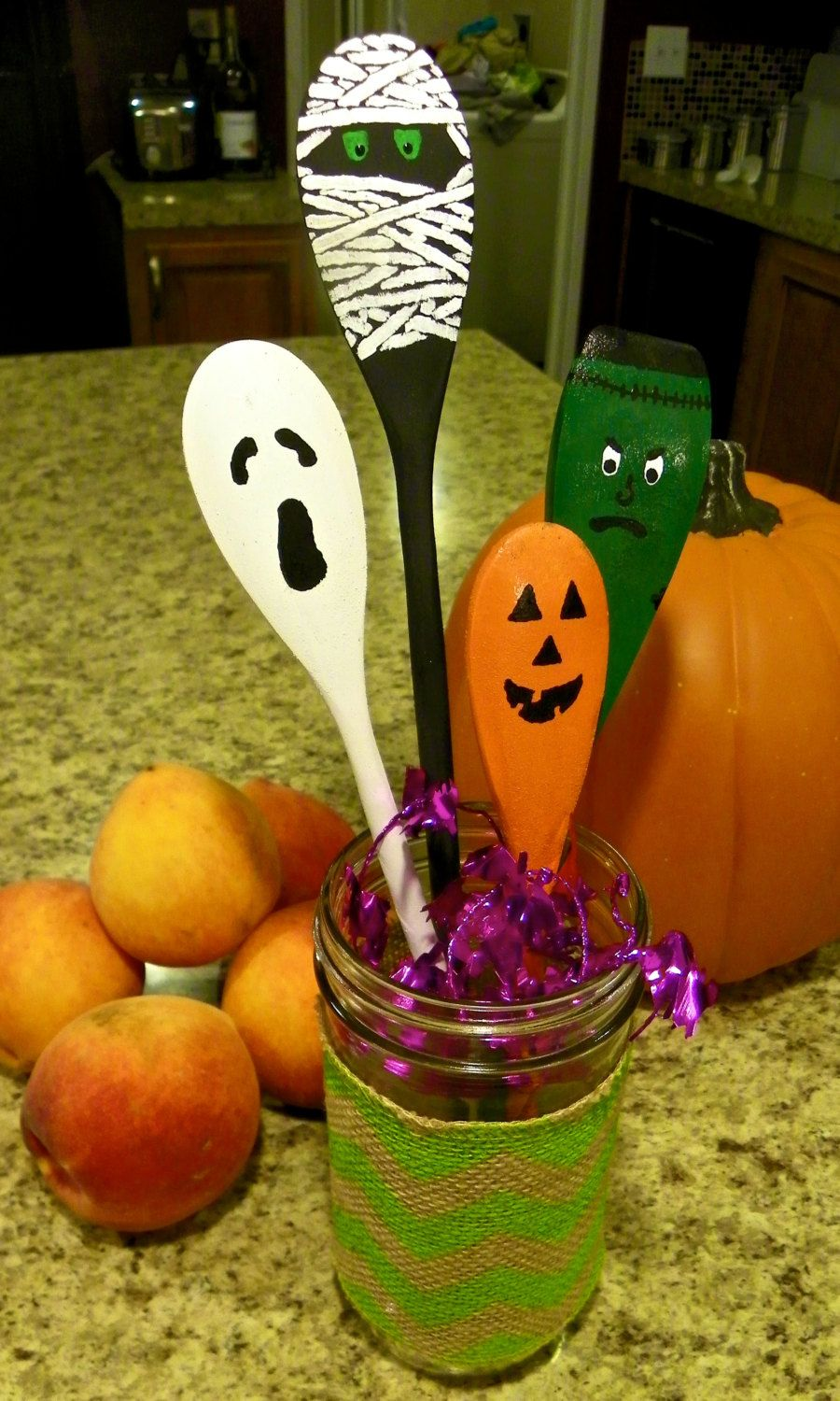 Halloween glass ornaments - Halloween Spoons Hand Painted Wooden Decorations Halloween Gift Cute Kitchen Ornament Jack