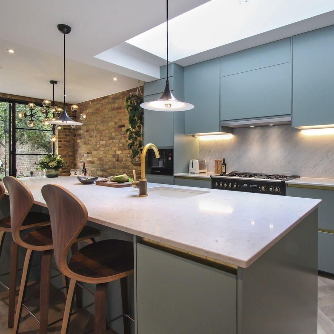 """yoko kloeden on instagram: """"blue kitchen with brass accents"""