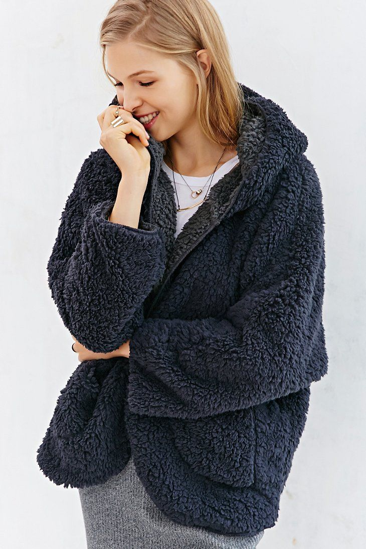 10ee0dc4b BDG Fuzzy Reversible Jacket - Urban Outfitters