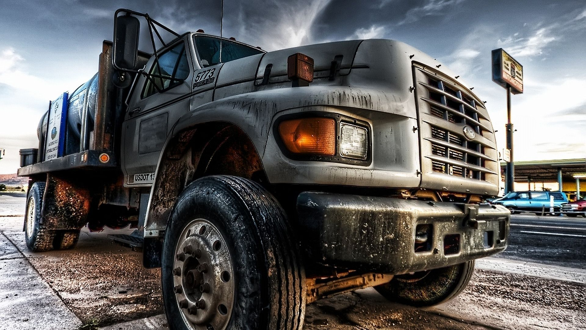 Girls And Trucks Wallpapers 1920 1200 Truck Wallpapers 56 Wallpapers Adorable Wallpapers Monster Trucks Trucks Vehicles