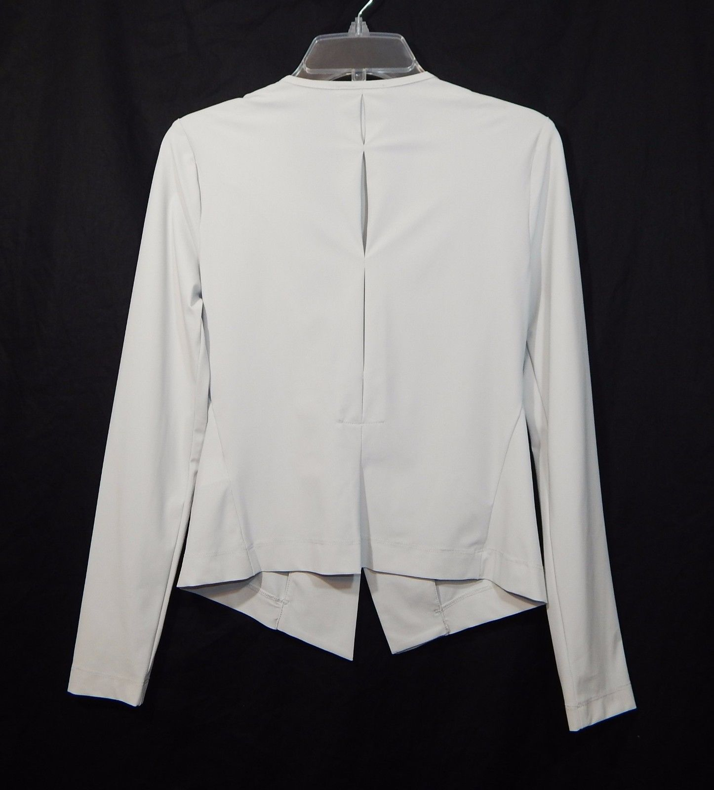 Awesome women's designer top made by Sarah Pacini in size 0. Cardigan style top/blazer with the perfect stretch for comfort and fit. Asymmetrical collar. Fashionable and versatile! | eBay!