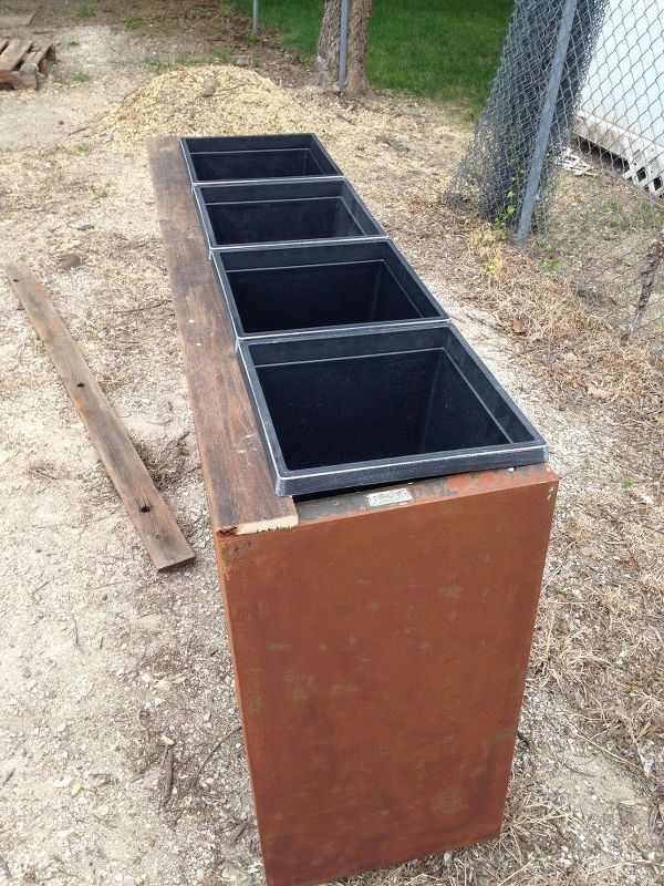 13 Planter Ideas We Love Planters, Filing Metal