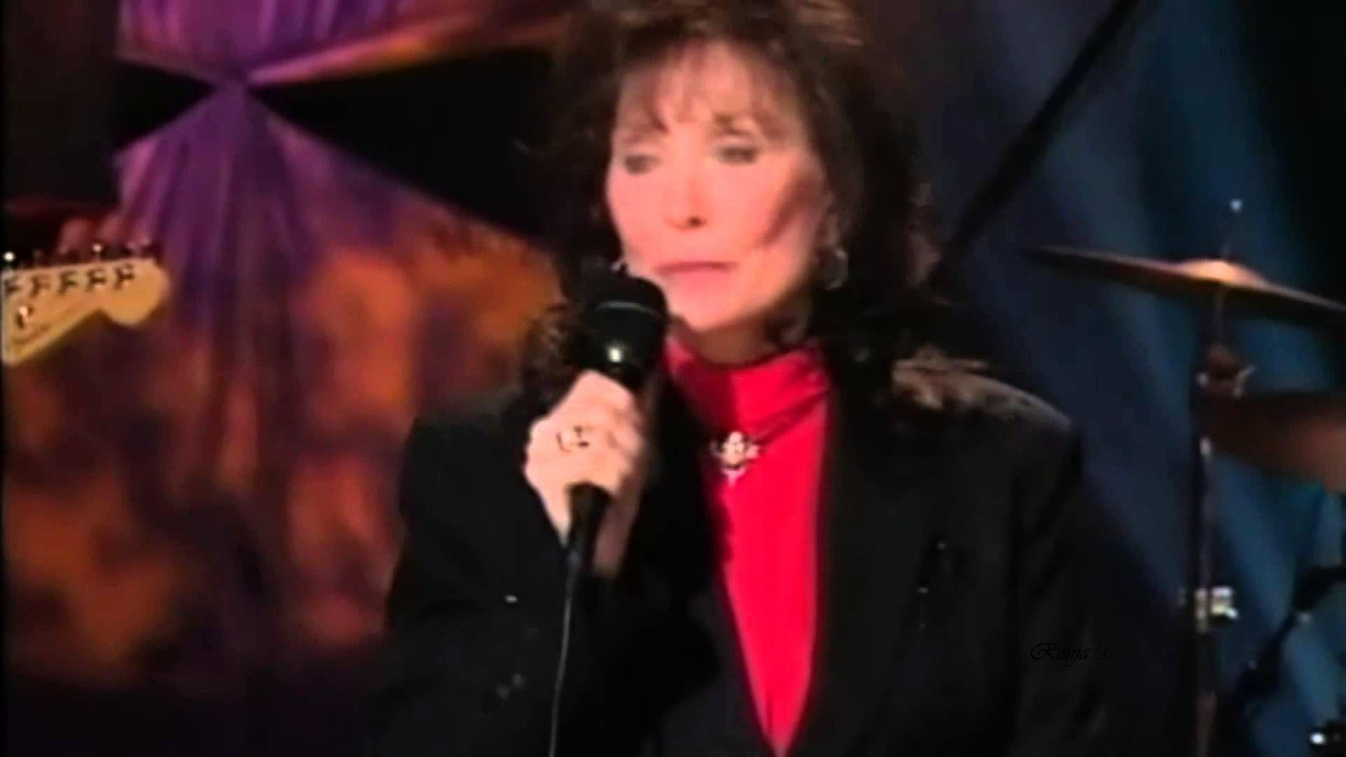 Loretta Lynn I Can T Hear The Music Anymore Loretta Lynn Loretta Lynn Songs Old Country Music