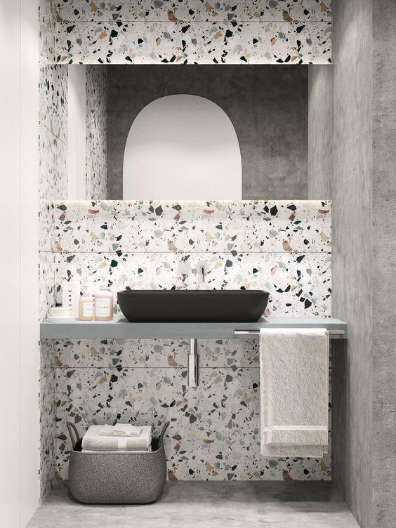 Casinha Colorida Marmorite O Revestimento Do Momento Concrete Bathroom Concrete Bathroom Design Bathroom Tile Designs
