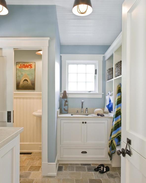 Mudroom bathroom designs mudroom bathroom cottage for New england bathroom ideas