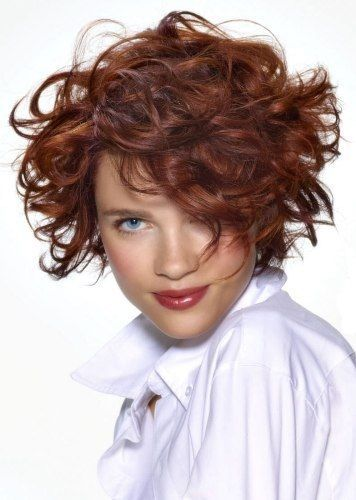 15 Latest Short Haircuts For Round Face Women In 2020 Styles At Life Short Curly Haircuts Curly Hair Styles Curly Hair Styles Naturally
