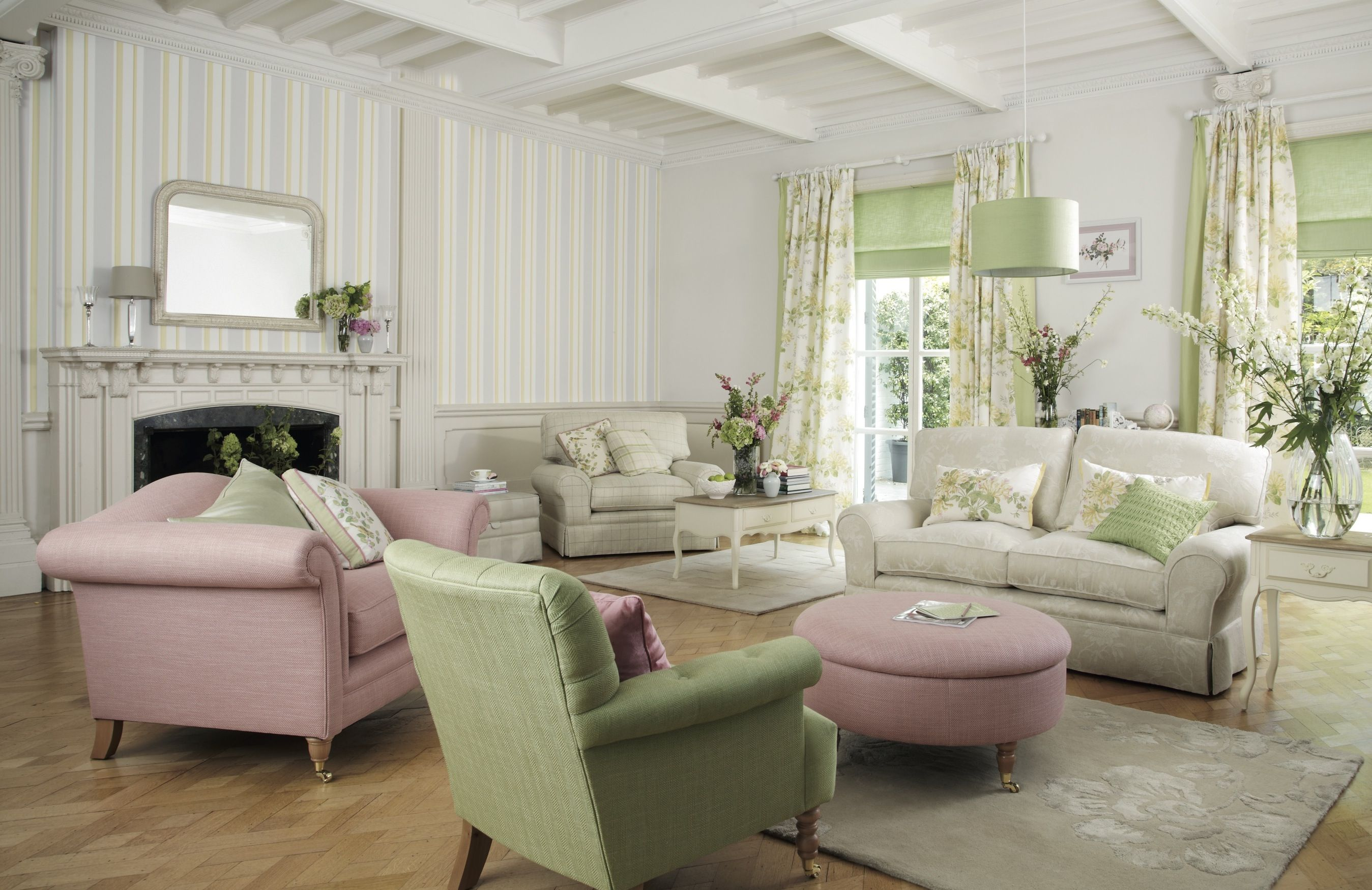 Best Adore This Look For The Front Room Honeysuckle Curtains With Apple Green Edge Apple Gree 400 x 300
