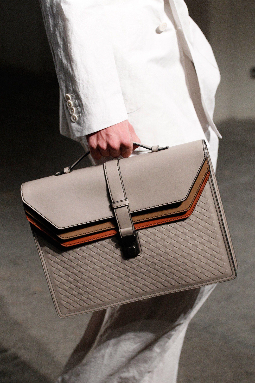 Bottega Veneta Spring 2017 Ready-to-Wear Accessories Photos - Vogue