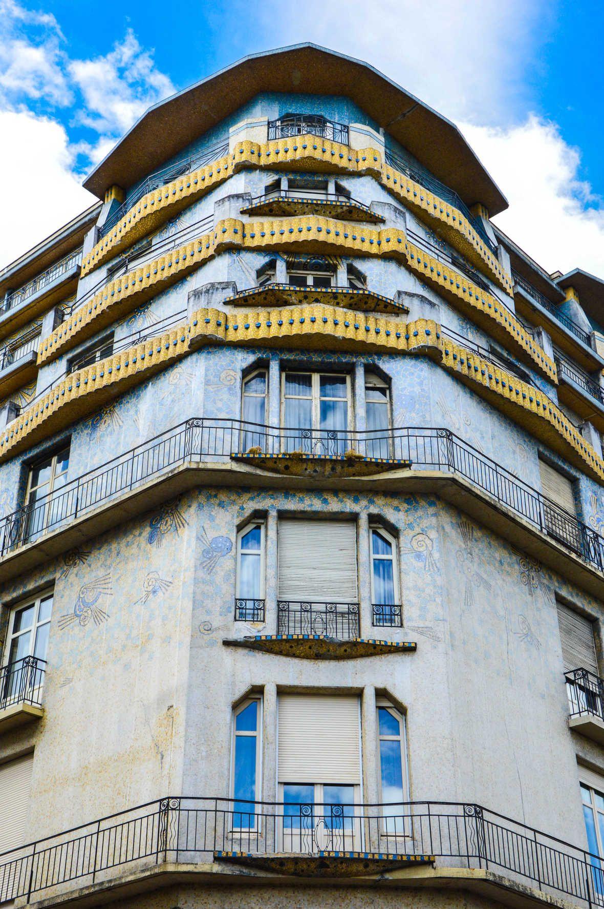 La Maison Bleue Angle De La Rue D Alsace Et Du