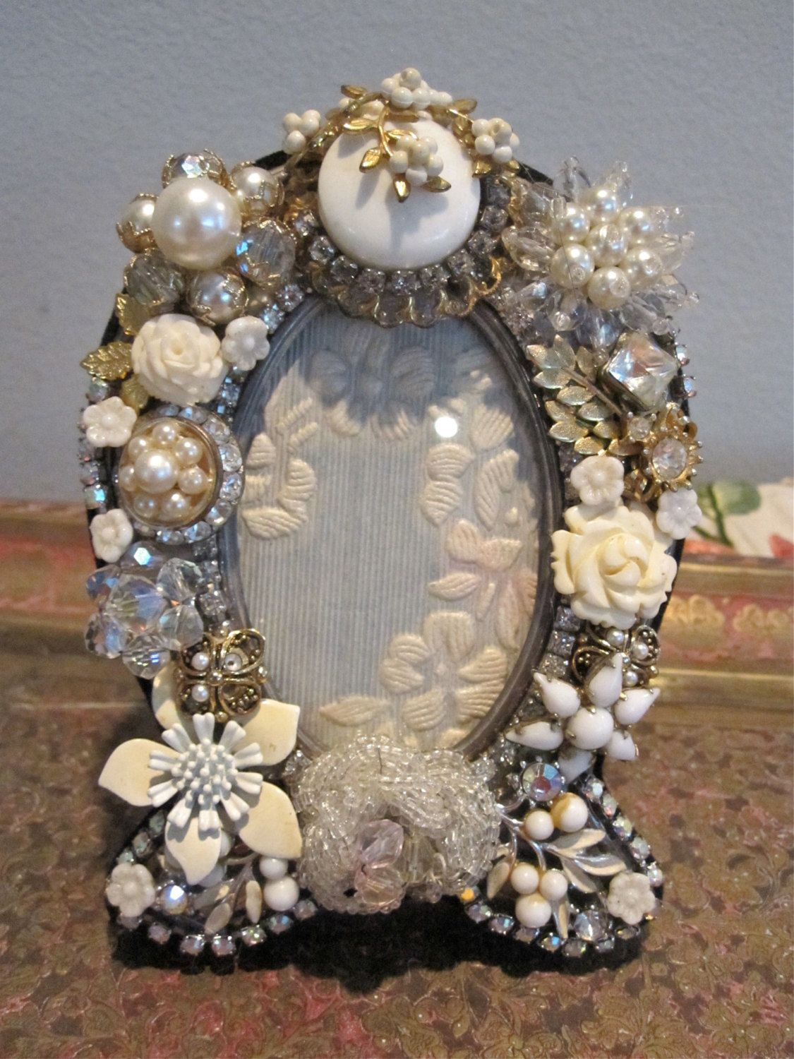 vintage jewelry picture frame white and silver vintage