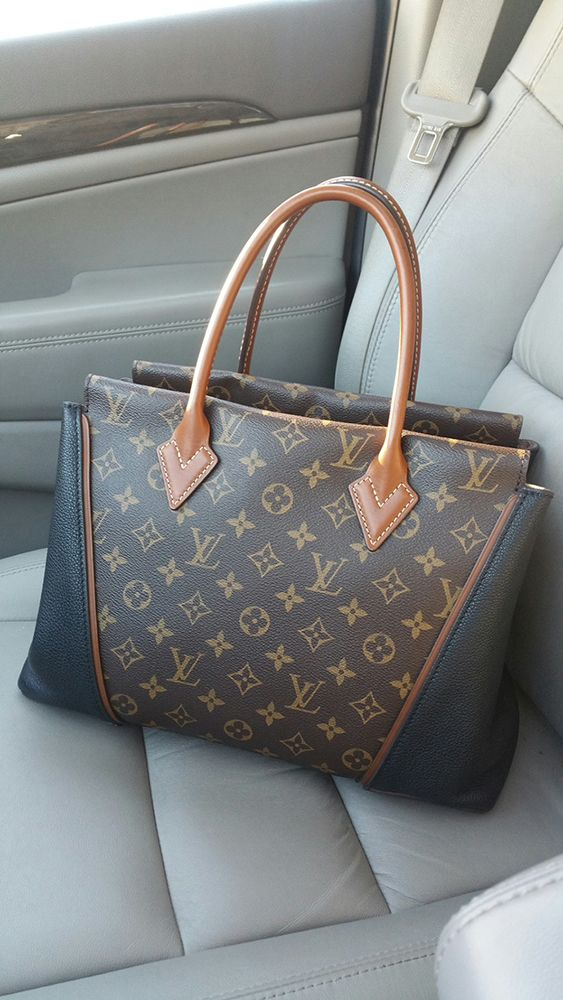 ee56248a0c50 Riding in Cars with Louis Vuitton  20 Pics From One of PurseForum s Most  Popular Threads