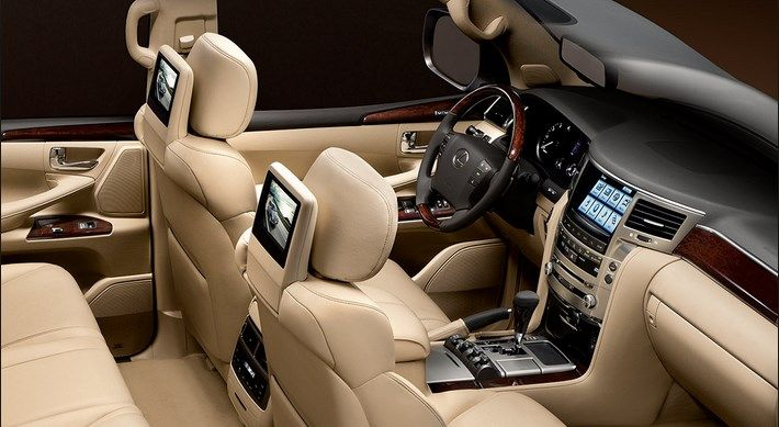Lexus LX 570 Interior Design
