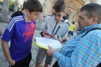 Una aplicación emplea el ocio en la calle para enseñar geografía a la generación del milenio