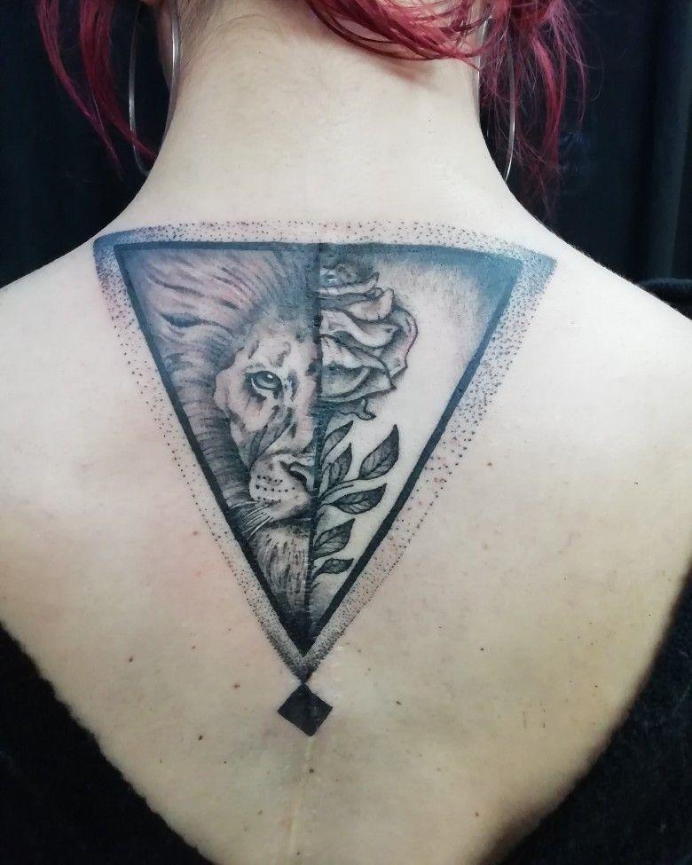 #tattoart #liontatto #rosetatto