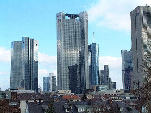 Frankfurter verhindern Naziaufmarsch. Skyline, Frankfurt