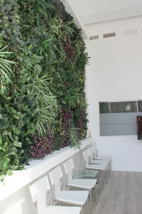 Plantas artificiales jardin vertical artificial pared for Plantas jardin vertical