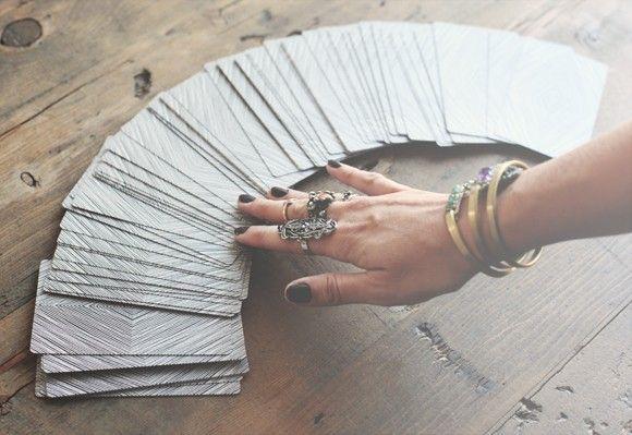 Vậy Tôi Phải Học Xem Bài Tarot Như Thế Nào? Kiến Thức - Tri Thức 1805 Hành trình Tarot Check more at https://kienthuc1805.com/chuyen-de-tarot/gioi-thieu-ve-tarot/hanh-trinh-tarot/thay-loi-ket/