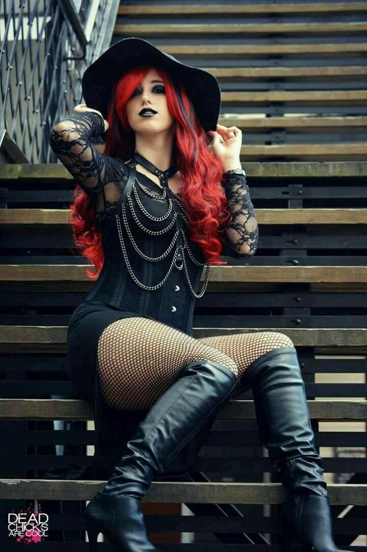 redhead-goth-girls