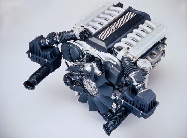 97 bmw 750il with v12 engine BMW V12cylinder engine
