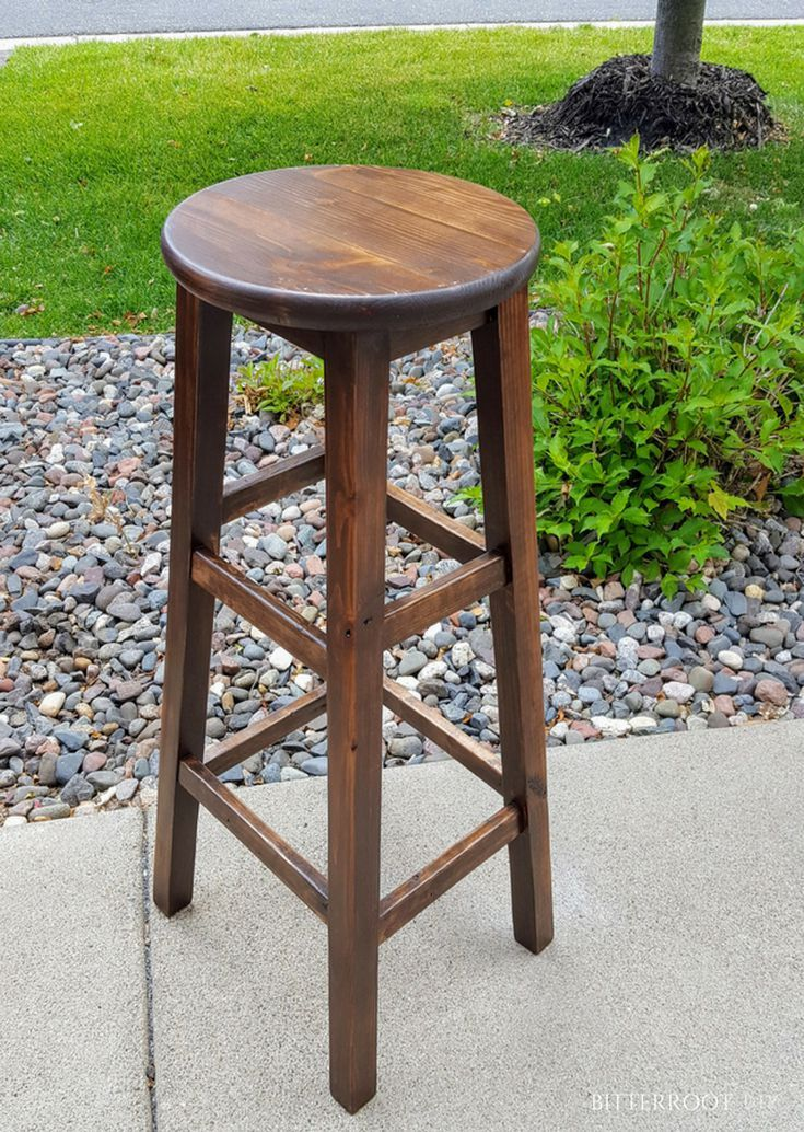 Build your own bar stools with these free plans bar